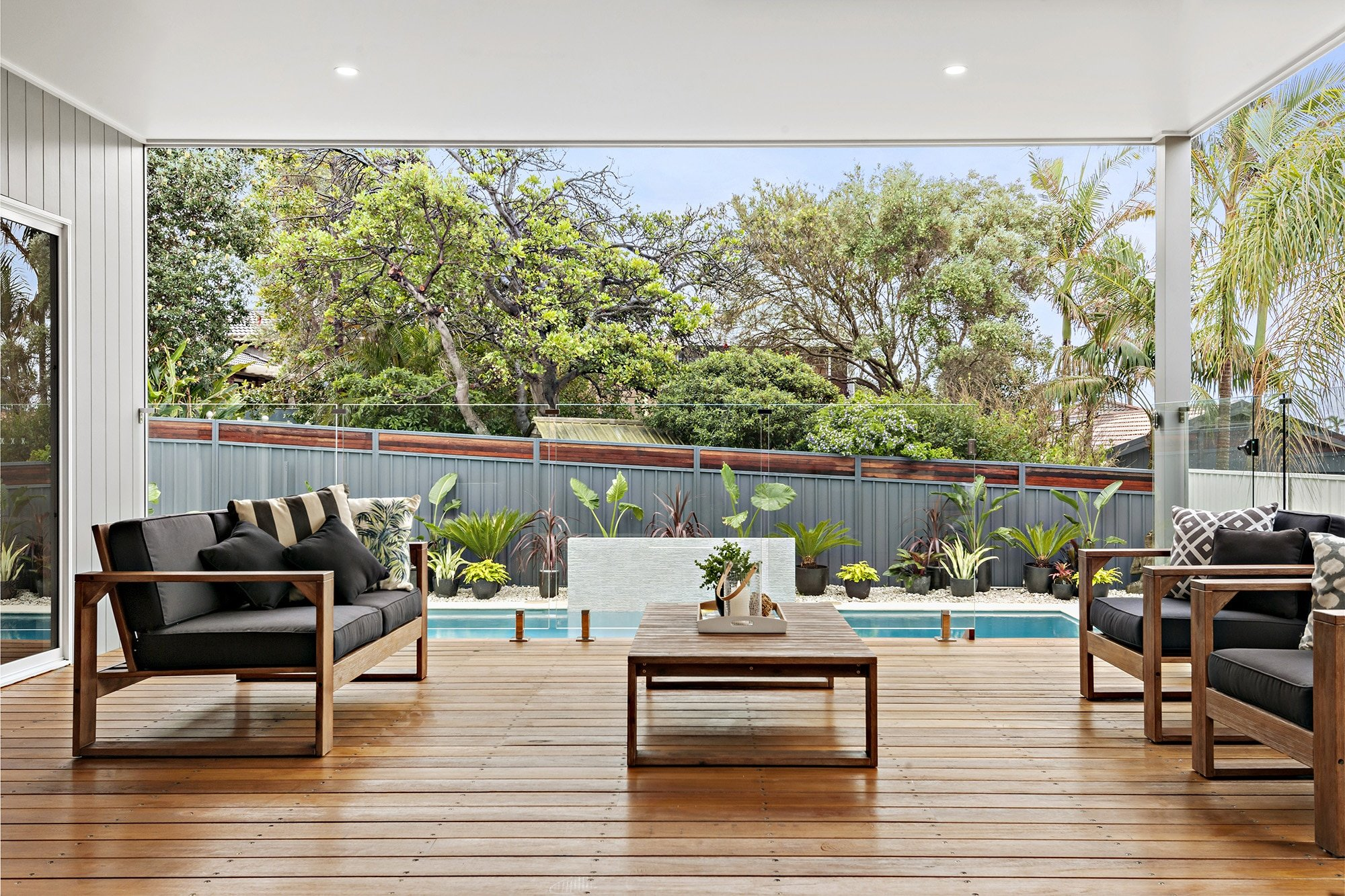 Bligh Street | Caves Beach - https://www.peonyandsilk.com.au/wp-content/uploads/2019/03/3-Terrace.jpg
