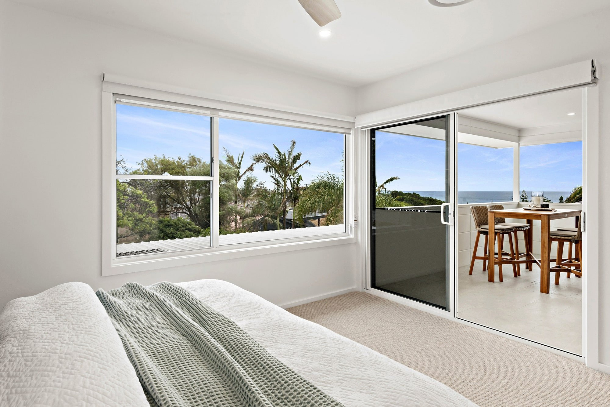 Bligh Street | Caves Beach - https://www.peonyandsilk.com.au/wp-content/uploads/2019/03/7-Bedroom.jpg